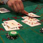<span>Tìm hiểu các trò chơi casino đánh bài trực tuyến dễ ăn tiền nhất</span>