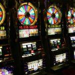"""<span>Những điều cần biết về Slot Machine – """"sát thủ một tay"""" của sòng bạc Casino</span>"""