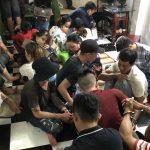 <span>Bắt quả tang 22 người đánh bài ăn tiền tại Cà Mau</span>