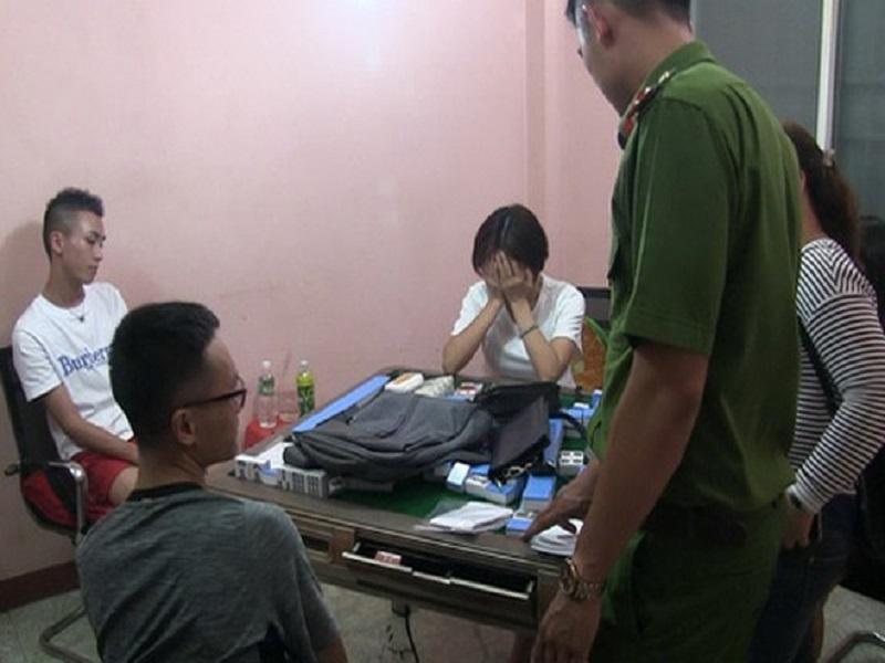 Sòng bạc hình thức mạt chược tại Nha Trang bị triệt phá, tạm giữ 11 đối tượng