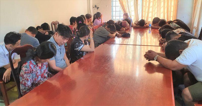 Bắt quả tang 24 đối tượng đánh bạc ăn tiền tại Kiên Giang