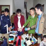 2 thanh niên thuê nhà nghỉ tổ chức đánh bạc qua mạng hàng tỉ đồng