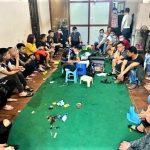Cảnh sát đột kích sới bạc mở xuyên Tết tại Hà Nội, bắt giữ 19 đối tượng