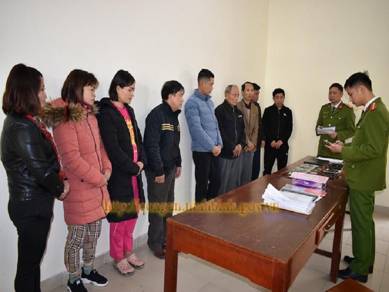 Phá đường dây ghi lô đề tiền tỉ, bắt 11 người tại Ninh Bình